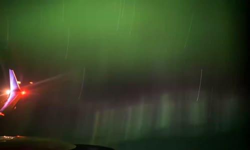 İzlemesi Aşırı Keyifli Şeylerde Bugün- 10 Bin Metre Yükseklikten Kuzey Işıkları