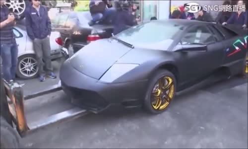Tayvana Kaçak Yollarla Giren Lamborghiniyi Parçaladılar
