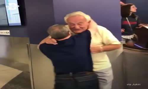 88 yaşında bir babanın, 53 yaşındaki down sendromlu oğluyla