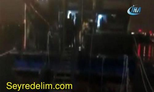 Gezinti teknesine kumar baskını: 30 gözaltı