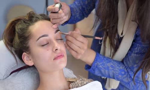 Profesyonel Makyaj ve Saç Yapımı