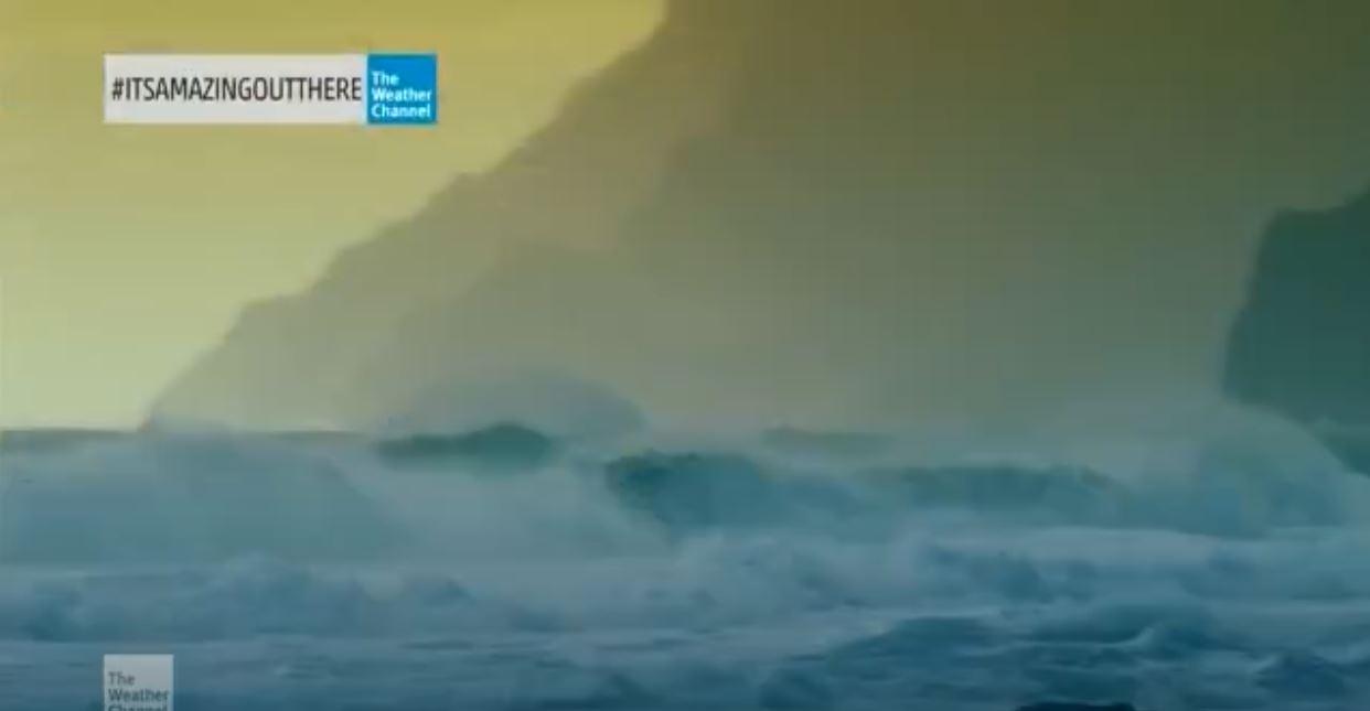 Big Wave Surfing famous surfer Laird Hamilton 80-100 Feet