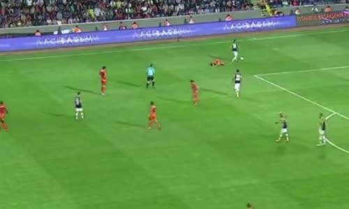 Hakem katliamı 10 Dakikada 4 Kırmızı Kart - Fenerbahce Istanbul Başakşehir maçı