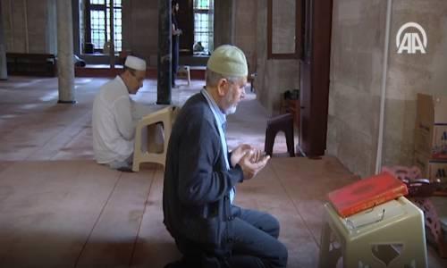 İtikaf İçin Camiye Kapandılar