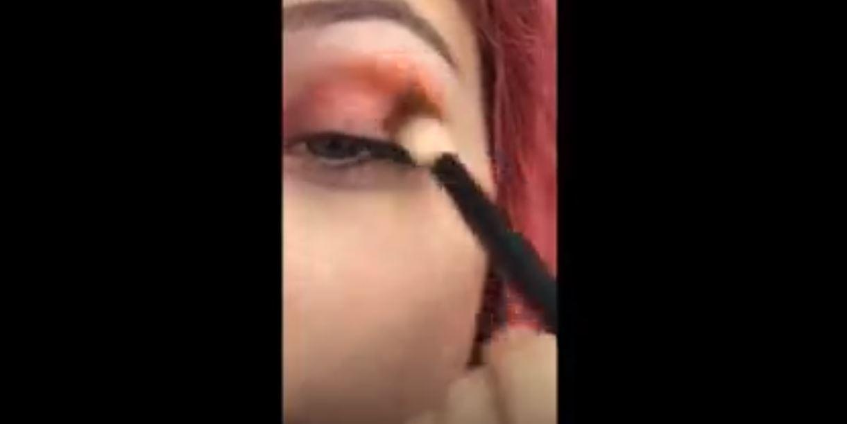 Kızıl Tonlarda Göz Makyajı