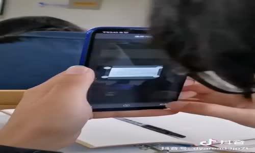 Geliştirilen uygulamayla çektiğiniz fotoğraftaki metni yazı olarak telefonunuza kayıt yapabiliyorsunuz. Müthişşşşş...