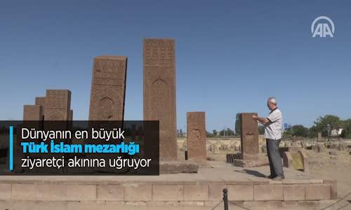 Dünyanın En Büyük Türk İslam Mezarlığı Ziyaretçi Akınına Uğruyor