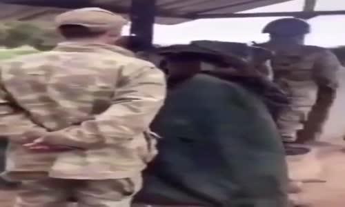 Nöbetteki Askere Komutan Şakası