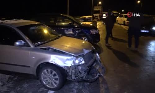 Buzdan kayan 15 araç birbirine girdi- 1'i ağır 4 yaralı