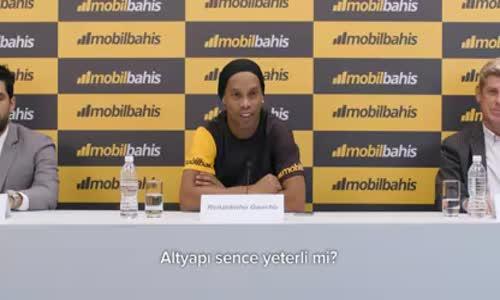 Mobil Bahis'in Yeni Reklam Yüzü Ronaldinho