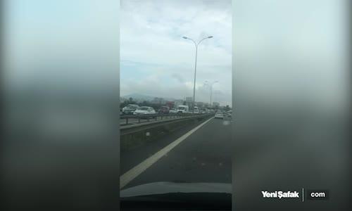 TEM'de Kaza İstanbul Ankara İstikametinde Trafik Durdu