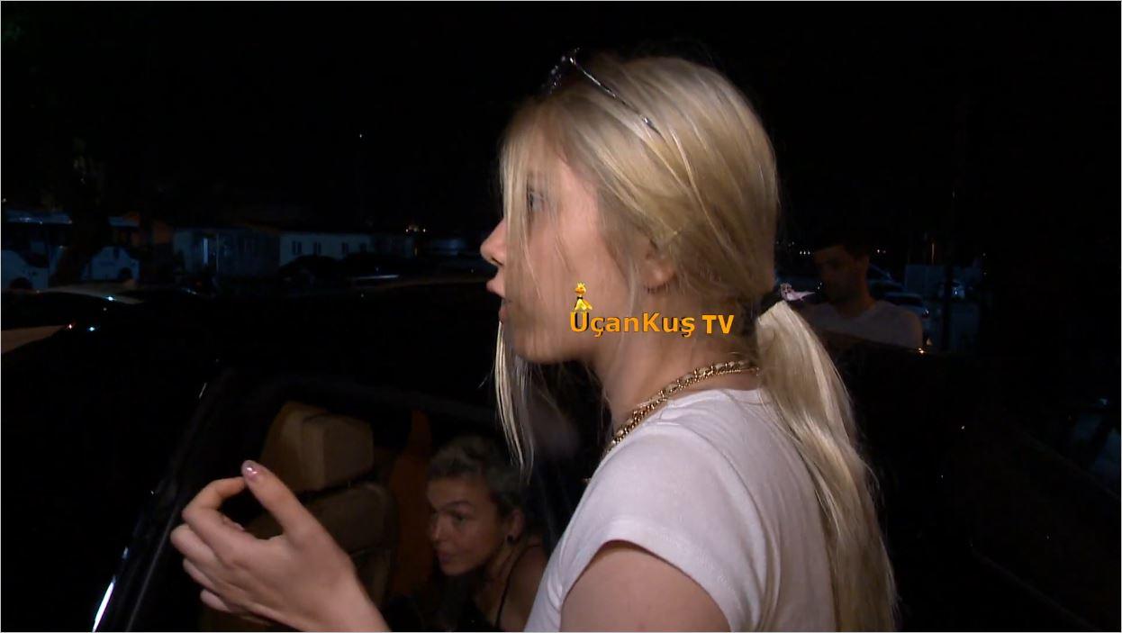 Aleyna Tilki Çocukluk Arkadaşını Asistanı Yapmış