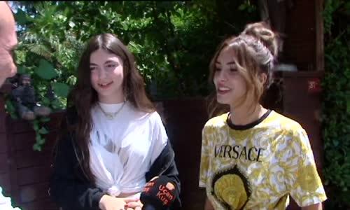 Ayça Tilki Ve Ayşegül Çınar Filmde Oynadı
