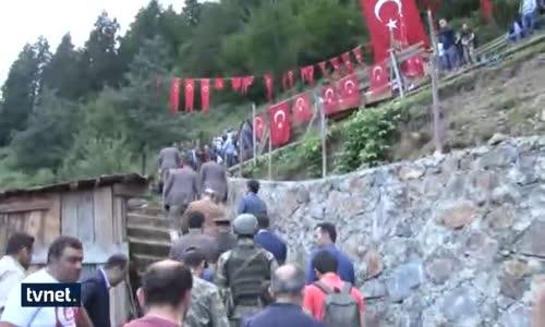 Bakan Soylu'dan Eren Bülbül'ün Mezarına Ziyaret