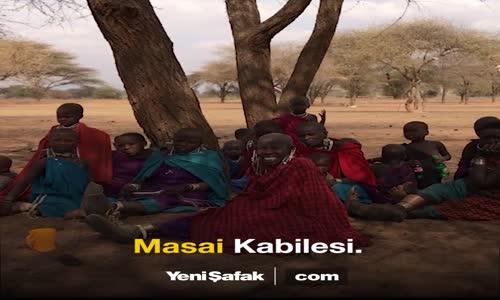 Afrikalı Kabile Şefinden Duygulandıran Soru