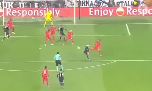 Besiktas vs Lyon 2-1 Maç Özeti  (20.04.2017)