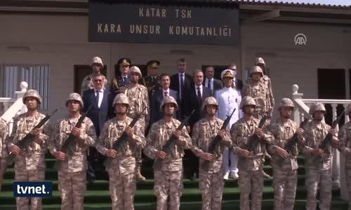 Milli Savunma Bakanı Canikli'den Katar'daki Türk Birliğine Ziyaret