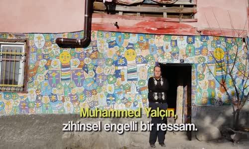Evinin Duvarlarını Tuval Gibi Kullanarak Muhteşem İşler Yapan Engelli Ressam