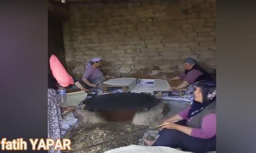 Devecipınar Köyün'de | Yufka Ekmek Yapımı | 2018