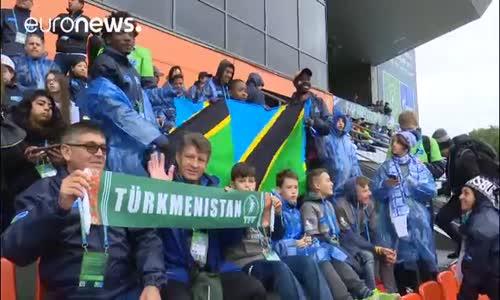 Minikler Dostluk için Futbol'da Buluştu
