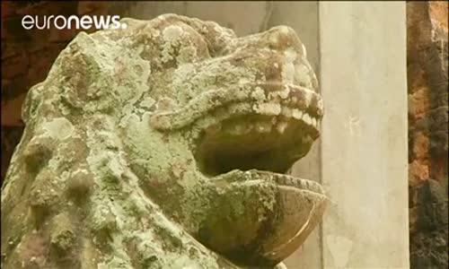 Kamboçya'nın Tapınakları Ziyaretçi Akımına Uğruyor