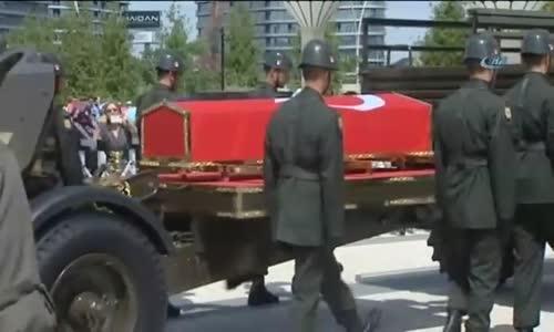 Şehit Cenazesinde İlk Kez Cenaze Marşı Yerine  Tekbir  Çalındı