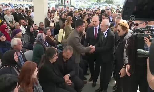 Şehit Yüzbaşının Ailesi Kılıçdaroğlu'nun Elini Sıkmadı