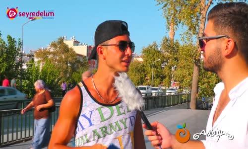 Erkeklere Neden Kütük Diyorlar - Süslü Mikrofon - Manavgat 2
