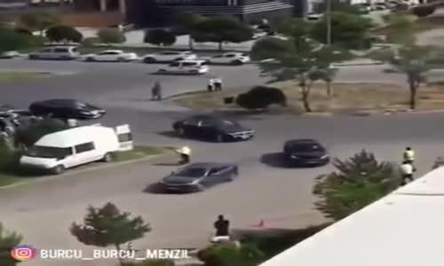 Menzil Şeyhinin Konvoyu