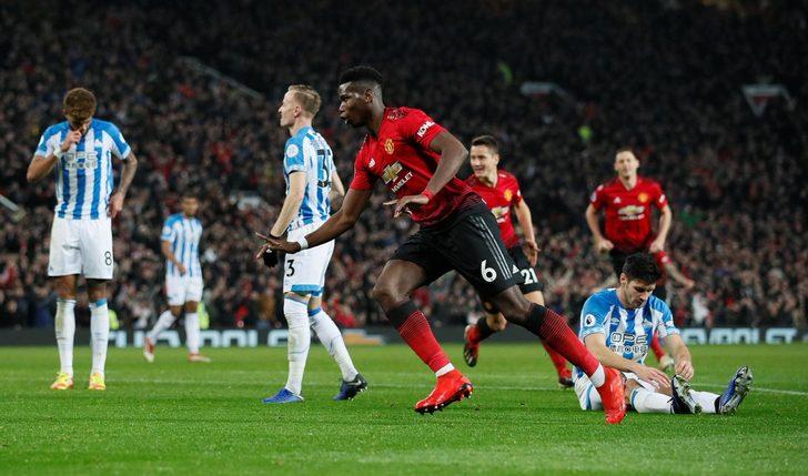 Manchester United 3 - 1 Huddersfield Town Maç Özeti İzle