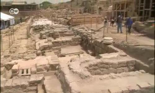İsrail'deki Roma Tapınağı Gün Yüzüne Çıkıyor
