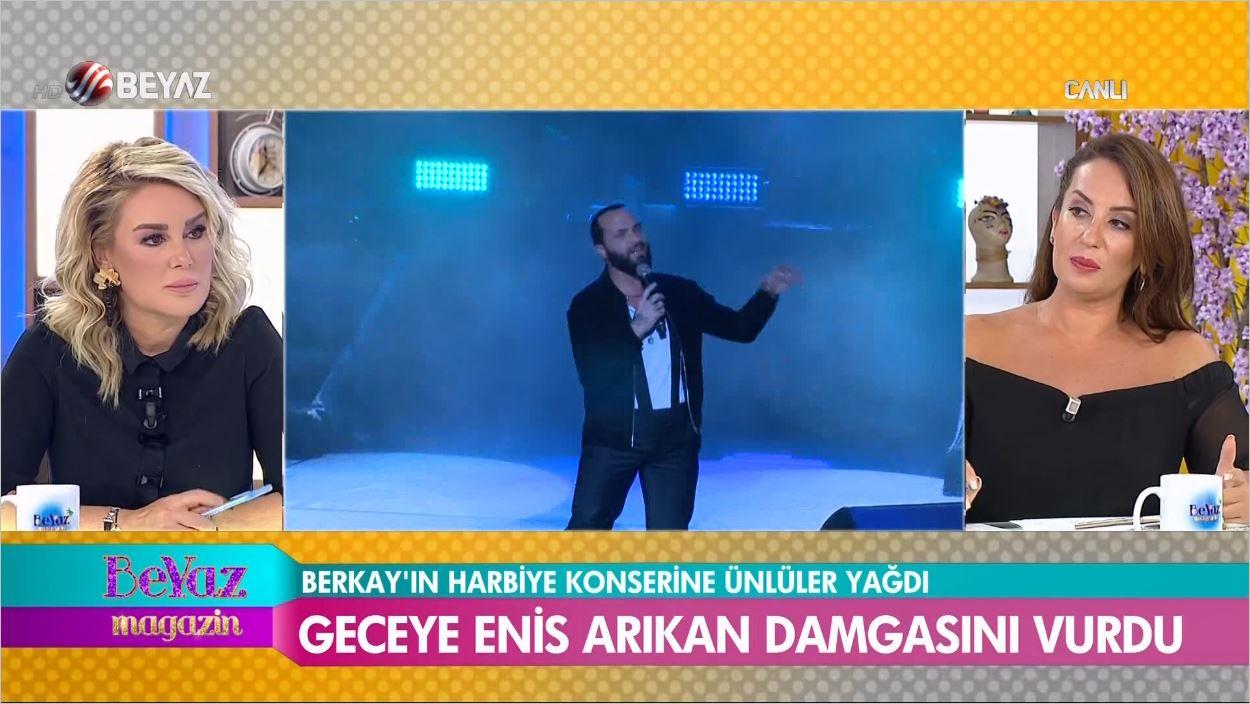 Berkay Harbiye Açıkhava Konserinde Şov Yaptı - Ünlüler Akın Etti