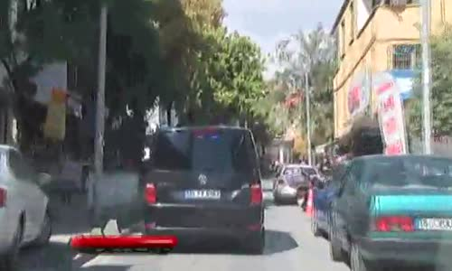 Bağcılar'da Uyuşturucu Satıcısı Polisle Çatıştı